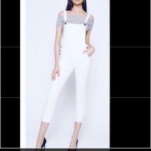 NWT White Kancan overalls 💛